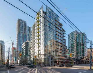 """Photo 1: 906 1205 HOWE Street in Vancouver: Downtown VW Condo for sale in """"The Alto"""" (Vancouver West)  : MLS®# R2571567"""