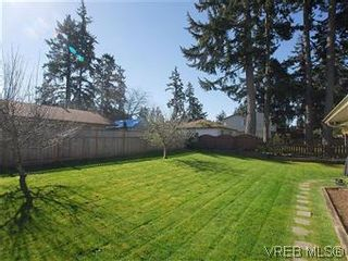 Photo 20: 709 Kelly Rd in VICTORIA: Co Hatley Park House for sale (Colwood)  : MLS®# 570145