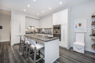 """Photo 7: 3917 CATES LANDING Way in North Vancouver: Roche Point Townhouse for sale in """"CATES LANDING"""" : MLS®# R2516583"""