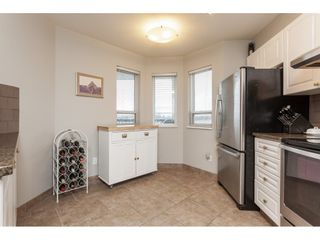 """Photo 4: 313 5759 GLOVER Road in Langley: Langley City Condo for sale in """"College Court"""" : MLS®# R2426303"""