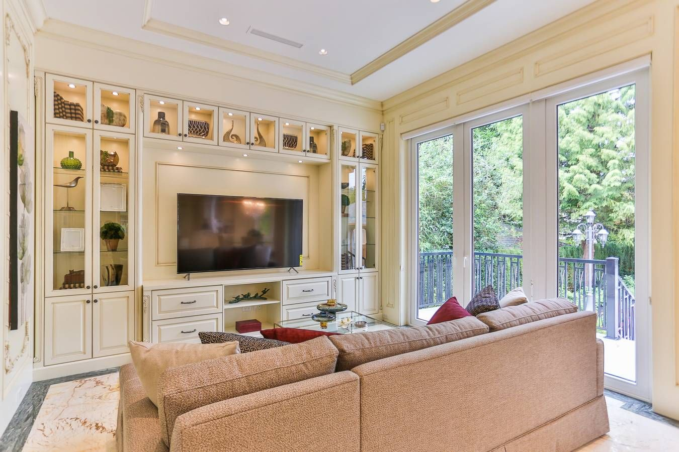 Photo 6: Photos: 5845 WILTSHIRE Street in Vancouver: South Granville House for sale (Vancouver West)  : MLS®# R2132563