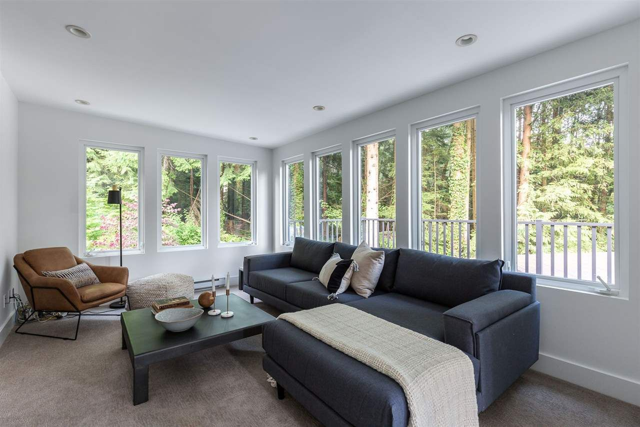 Photo 10: Photos: 315 MULGRAVE Place in West Vancouver: British Properties House for sale : MLS®# R2483368