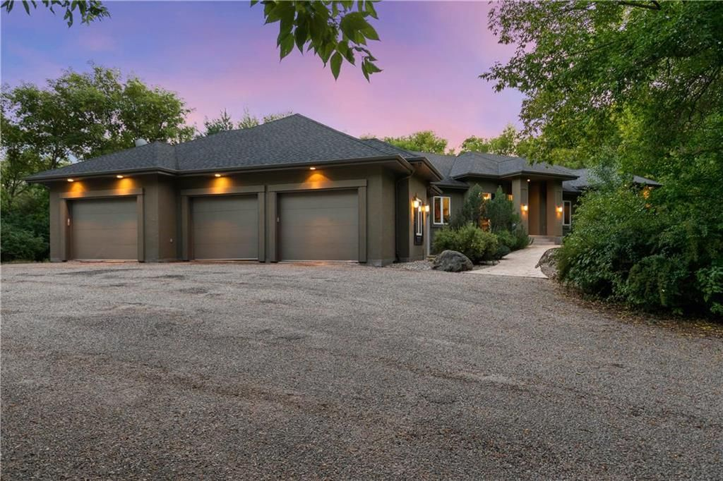 Main Photo: 22106 Garven Road in Springfield Rm: R04 Residential for sale : MLS®# 202121765