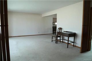 Photo 4: 829 Montrose Street in Winnipeg: River Heights South Residential for sale (1D)  : MLS®# 1808199