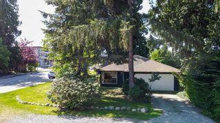 Photo 3: 5587 INLET Avenue in Sechelt: Sechelt District House for sale (Sunshine Coast)  : MLS®# R2583148