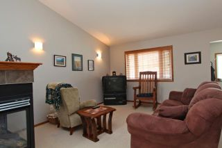 Photo 4: 779 STONEHAVEN Drive: Carstairs Residential Detached Single Family for sale : MLS®# C3617481