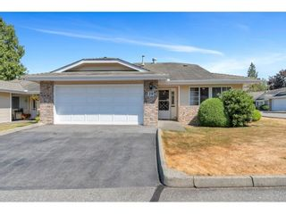 """Photo 2: 19 5051 203 Street in Langley: Langley City Townhouse for sale in """"MEADOWBROOK ESTATES"""" : MLS®# R2606036"""