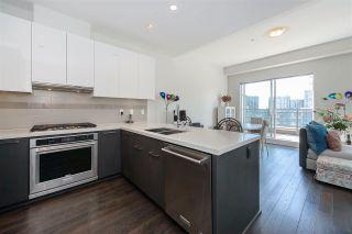 """Photo 3: 621 5311 CEDARBRIDGE Way in Richmond: Brighouse Condo for sale in """"RIVA 2"""" : MLS®# R2568471"""