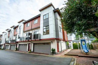 """Photo 18: 15 15885 16 Avenue in Surrey: Sunnyside Park Surrey Townhouse for sale in """"SOUTH ON 16"""" (South Surrey White Rock)  : MLS®# R2424005"""