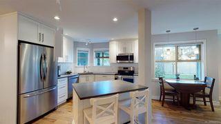 Photo 4: 14 500 Marsett Pl in Saanich: SW Royal Oak Row/Townhouse for sale (Saanich West)  : MLS®# 842051