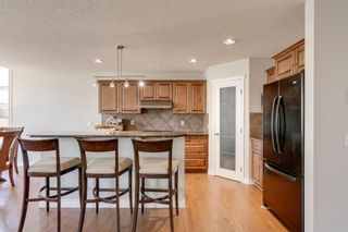 Photo 12: 20 Rockyledge Crescent NW in Calgary: Rocky Ridge Detached for sale : MLS®# A1123283