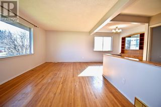 Photo 7: 109 Bliss Avenue in Hinton: House for sale : MLS®# A1090452