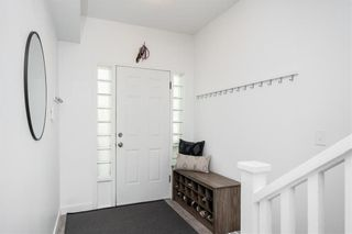 Photo 3: 421 Victor Street in Winnipeg: West End Residential for sale (5A)  : MLS®# 202113581