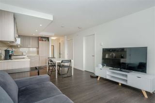 """Photo 8: 2001 5470 ORMIDALE Street in Vancouver: Collingwood VE Condo for sale in """"WALL CENTRE"""" (Vancouver East)  : MLS®# R2583172"""