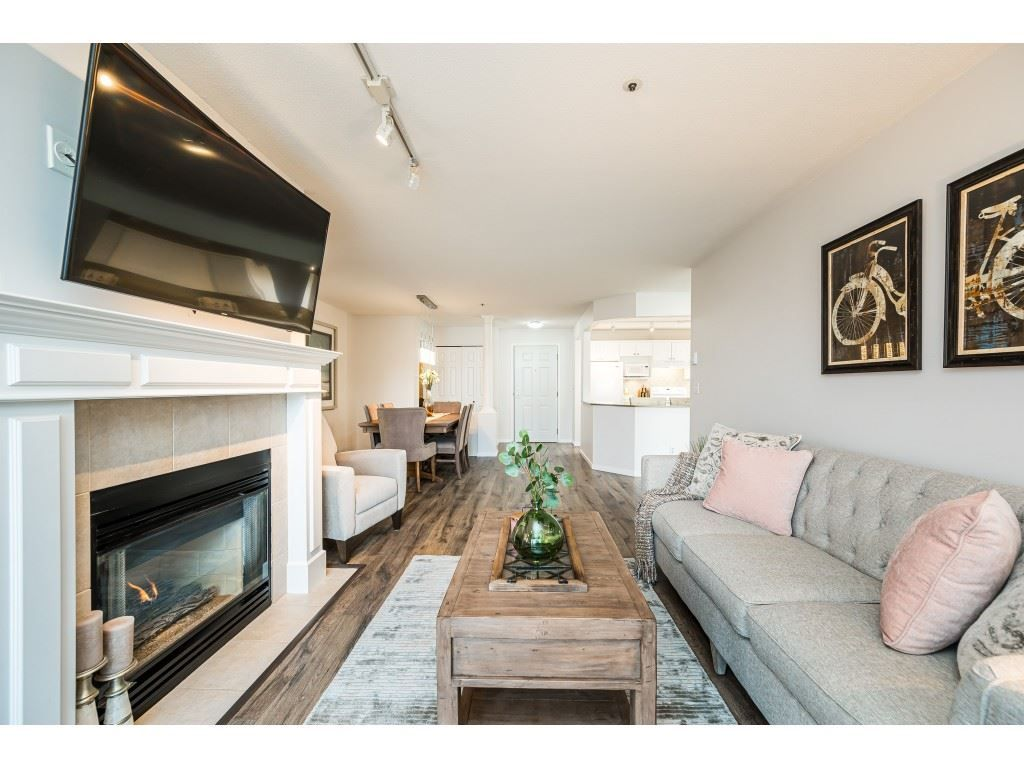 """Photo 7: Photos: 312 5568 201A Street in Langley: Langley City Condo for sale in """"Michaud Gardens"""" : MLS®# R2563265"""