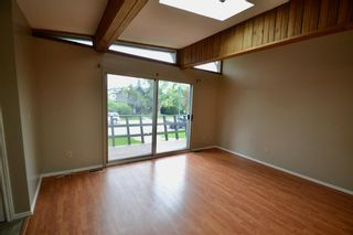 Photo 6: 431 21 Avenue NE in Calgary: Winston Heights/Mountview Semi Detached for sale : MLS®# A1135304