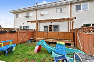 "Photo 20: 2 33915 MAYFAIR Avenue in Abbotsford: Central Abbotsford Townhouse for sale in ""MAYFAIR MANOR"" : MLS®# R2518778"