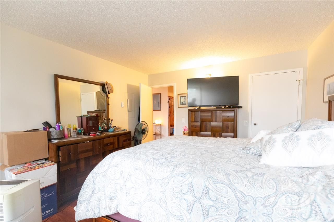 """Photo 9: Photos: 505 3970 CARRIGAN Court in Burnaby: Government Road Condo for sale in """"THE HARRINGTON"""" (Burnaby North)  : MLS®# R2499322"""