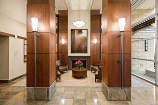 Photo 3: 1510 751 Fairfield Rd in : Vi Downtown Condo for sale (Victoria)  : MLS®# 881728
