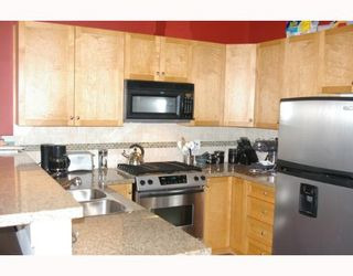 """Photo 4: 615 BELMONT Street in New Westminster: Uptown NW Condo for sale in """"Blemont Tower"""" : MLS®# V633665"""