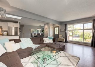 Photo 14: 33 Windermere Road SW in Calgary: Wildwood Detached for sale : MLS®# A1146094