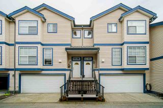 Photo 1: 504 9118 149 Street in Surrey: Bear Creek Green Timbers Townhouse for sale : MLS®# R2560196