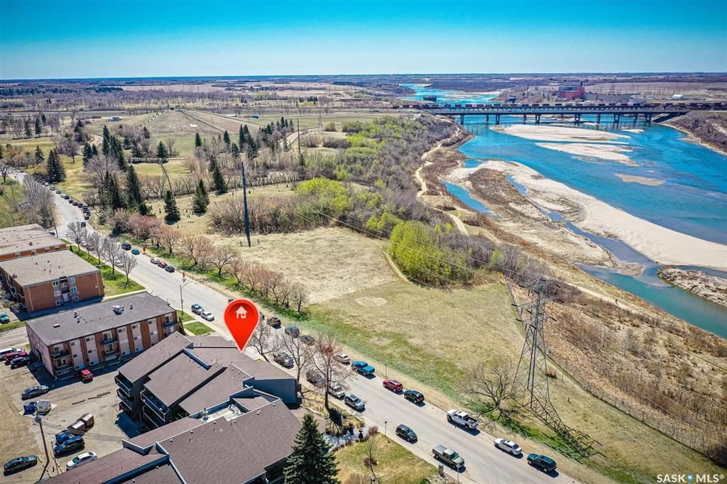 Main Photo: 103 2233 St Henry Avenue in Saskatoon: Exhibition Residential for sale : MLS®# SK852758