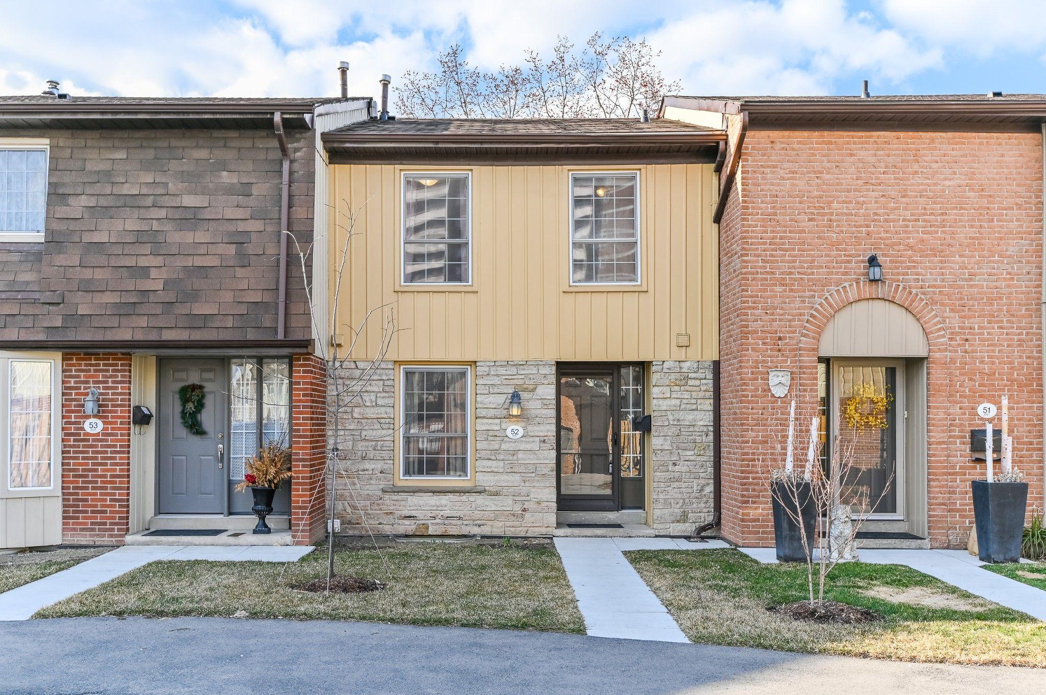 Main Photo: 52 3031 glencrest Road in Burlington: House for sale : MLS®# H4049644