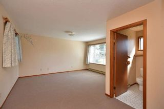 Photo 18: 221 SECOND Street in Gibsons: Gibsons & Area House for sale (Sunshine Coast)  : MLS®# R2259750