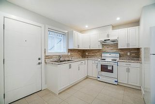 Photo 16: 7885 ROSEWOOD Street in Burnaby: Burnaby Lake House for sale (Burnaby South)  : MLS®# R2311575