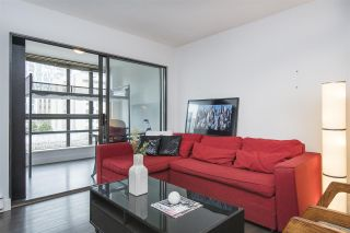 """Photo 5: 410 488 HELMCKEN Street in Vancouver: Yaletown Condo for sale in """"Robinson Tower"""" (Vancouver West)  : MLS®# R2239699"""
