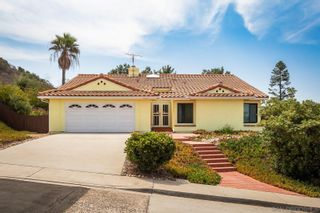 Photo 1: RANCHO PENASQUITOS House for sale : 3 bedrooms : 9221 Lethbridge Way in San Diego