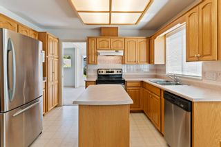 Photo 8: 19950 48A Avenue in Langley: Langley City House for sale : MLS®# R2606185