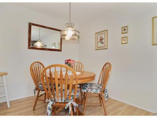 """Photo 10: 204 1610 CHESTERFIELD Avenue in North Vancouver: Central Lonsdale Condo for sale in """"CANTERBURY HOUSE"""" : MLS®# V934824"""