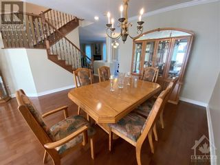 Photo 7: 22 GREATWOOD CRESCENT in Ottawa: House for sale : MLS®# 1258576