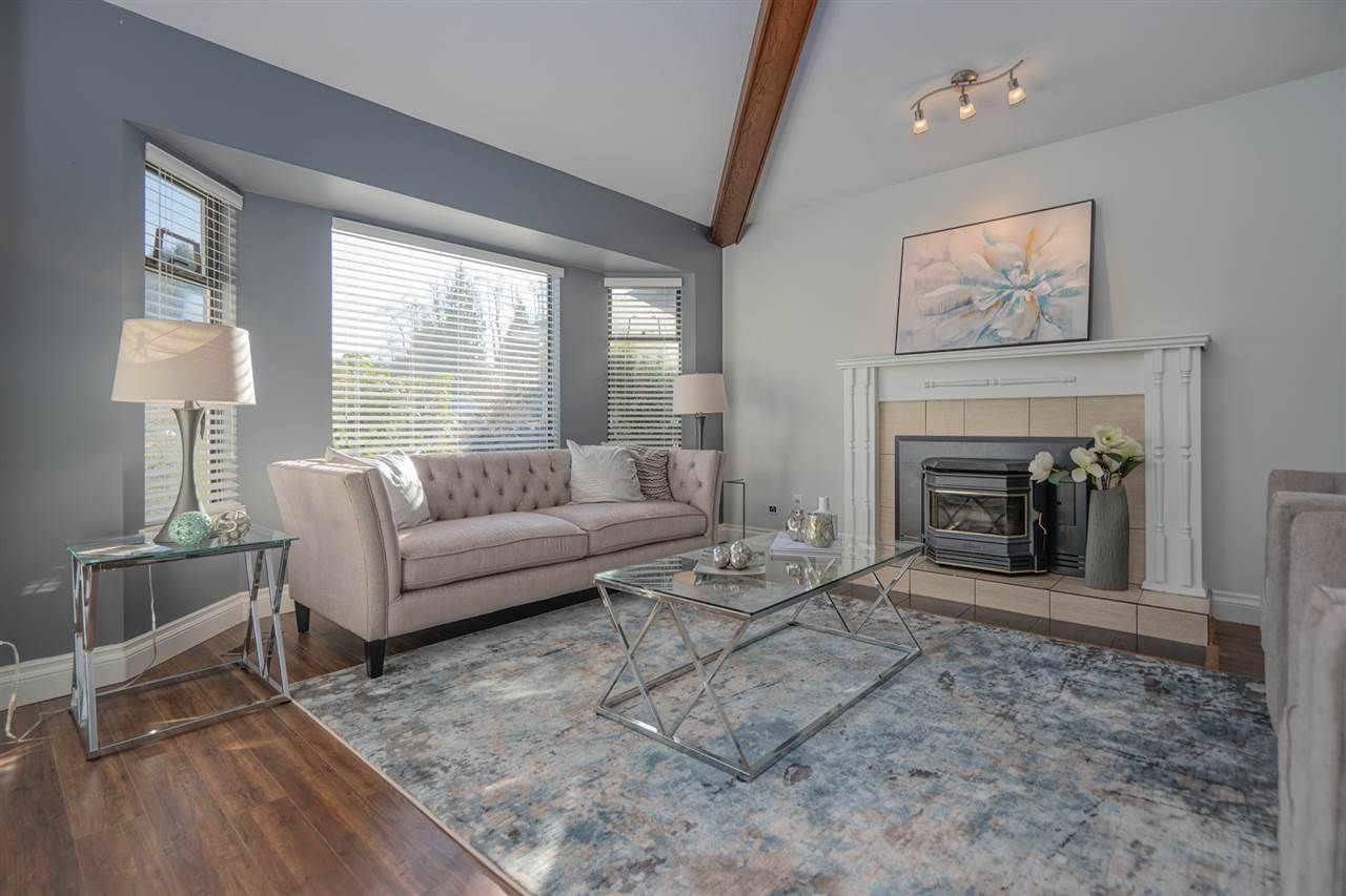 Main Photo: 13815 65 Avenue in Surrey: East Newton House for sale : MLS®# R2443438