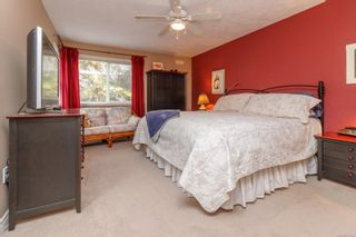 Photo 13: 9 106 Aldersmith Pl in View Royal: VR Glentana Row/Townhouse for sale : MLS®# 872352