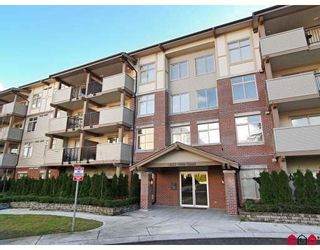 "Photo 1: 203 10088 148TH Street in Surrey: Guildford Condo for sale in ""BLOOMSBURY COURT"" (North Surrey)  : MLS®# F2901983"