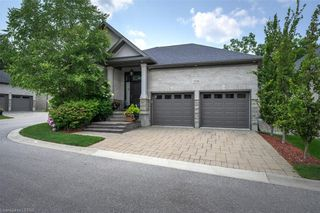 Photo 1: 15 696 W COMMISSIONERS Road in London: South M Residential for sale (South)  : MLS®# 40168772