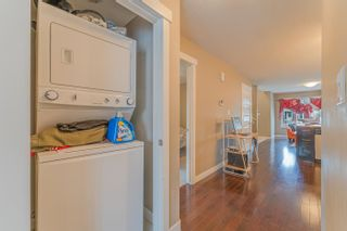 Photo 16: 10421 155 Street in Edmonton: Zone 21 House Half Duplex for sale : MLS®# E4266259