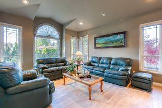 Photo 6: 6138 132 Street in Surrey: Panorama Ridge House for sale : MLS®# R2515733