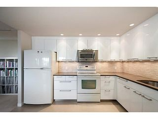 """Photo 2: 808 522 MOBERLY Road in Vancouver: False Creek Condo for sale in """"Discovery Quay"""" (Vancouver West)  : MLS®# V1066729"""