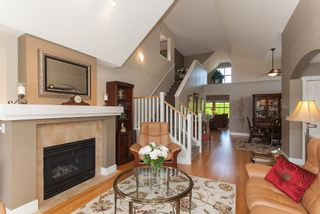 """Photo 12: 1 15450 ROSEMARY HEIGHTS Crescent in Surrey: Morgan Creek Townhouse for sale in """"CARRINGTON"""" (South Surrey White Rock)  : MLS®# R2201327"""