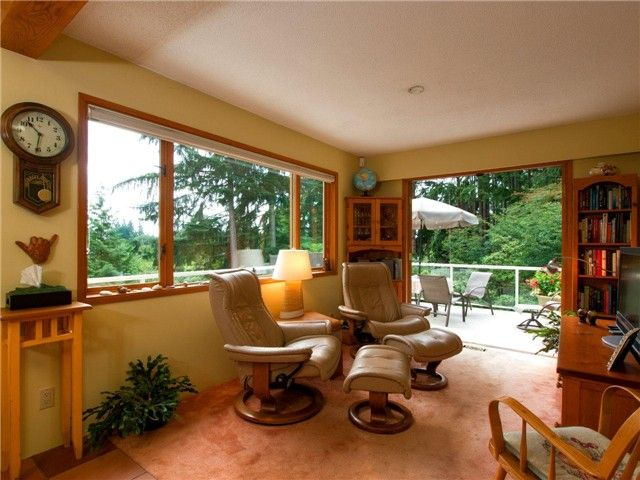 Photo 5: Photos: 811 E KINGS ROAD in North Vancouver: Princess Park House for sale : MLS®# V968826