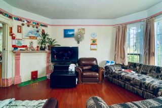 Photo 4: 856 KEEFER Street in Vancouver: Strathcona House for sale (Vancouver East)  : MLS®# R2607557