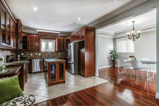"Photo 7: 24318 102 Avenue in Maple Ridge: Albion House for sale in ""Castle Brook"" : MLS®# R2126861"