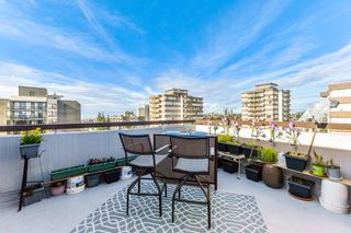 """Photo 26: PH1 620 SEVENTH Avenue in New Westminster: Uptown NW Condo for sale in """"Charter House"""" : MLS®# R2617664"""
