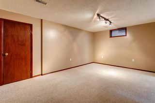 Photo 21: 56 Kentish Drive SW in Calgary: Kingsland Detached for sale : MLS®# A1078785