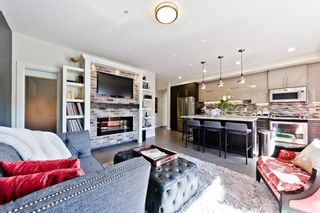 Main Photo: 209 93 34 Avenue SW in Calgary: Parkhill Apartment for sale : MLS®# A1081106