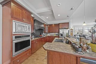 """Photo 4: 3682 CREEKSTONE Drive in Abbotsford: Abbotsford East House for sale in """"Creekstone on the Park"""" : MLS®# R2543578"""